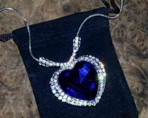 NECKLACE BIG BLUE HEART OF THE OCEAN (40mm pendant)