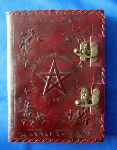 BOOK OF SHADOWS DELUXE - LEATHER BINDING, METAL FITTINGS