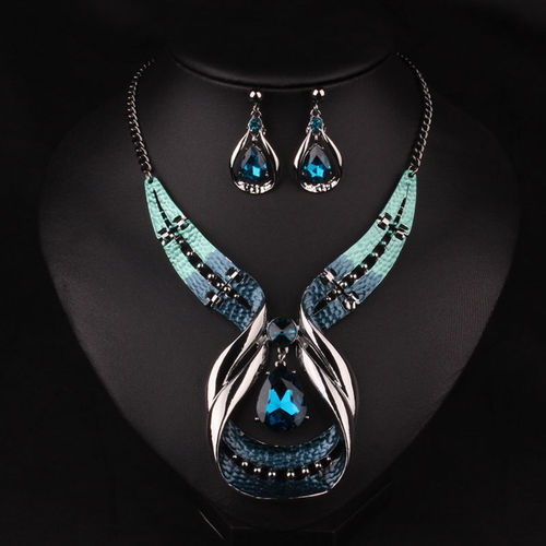 NECKLACE & EARRINGS - BLUE CRYSTAL DELUXE