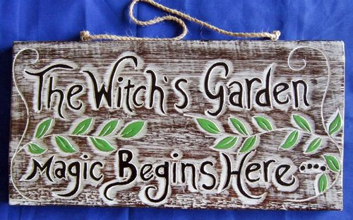 WITCHE'S SIGN - HANDMADE, WOOD